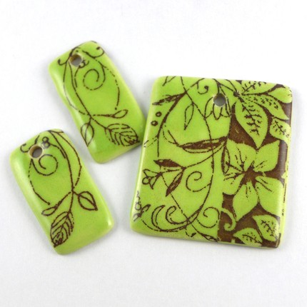 Chartreuse and brown (yes brown) rectangular pendant and necklace set.