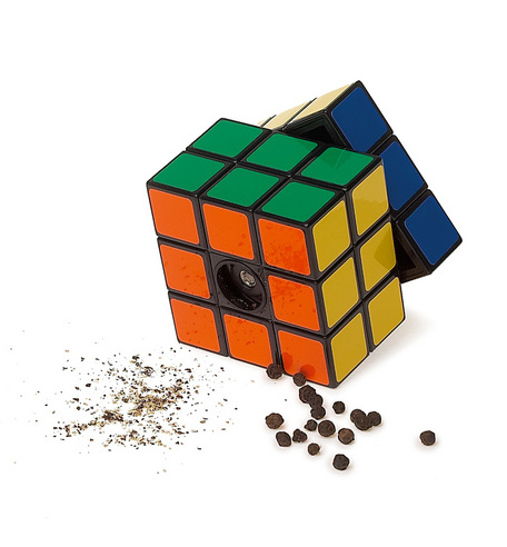 Rubik''s cube pepper grinder