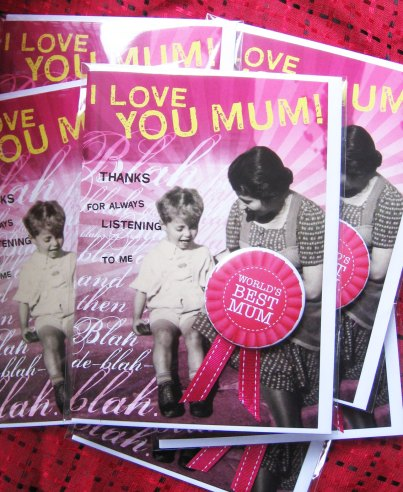 "Look Mama! Card with lovely big ""World's best mum"" badge"